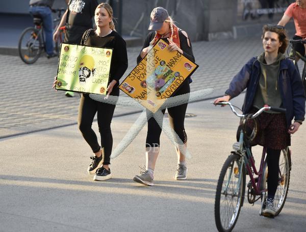 Slovenija Ljubljana 22.05.2020 22. maj 2020 Protest na kolesih. Dogodek družba Foto: Žiga Živulović jr./BOBO