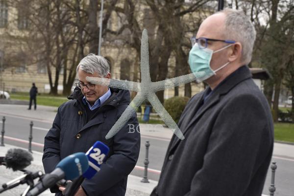 Slovenija, Ljubljana, 24.03.2020, 24. marec 2020   Franc Trček govori o prestopu v poslansko skupino SD. Socialni demokarti, Matjaž Han ,koronavirus, Covid 19  Foto: Žiga  Živulović jr./BOBO